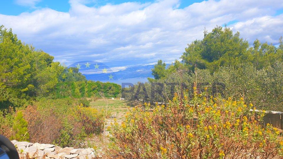 Zemljište u Supetru 80 m od mora