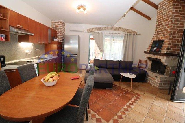 Nice and spacious apartment near Porec
