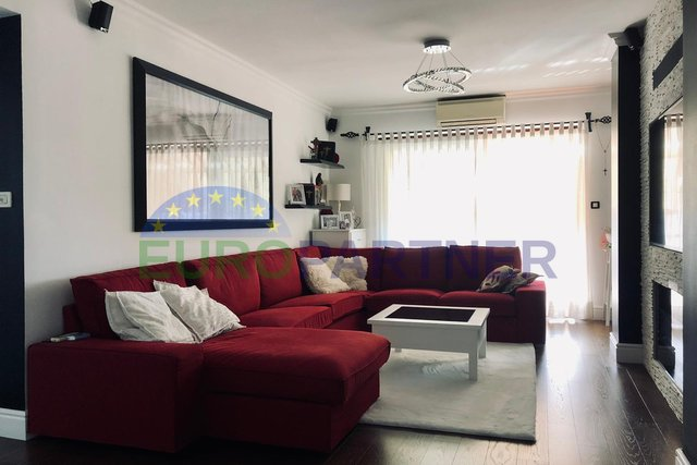Apartment in Porec - completely renovated, 3 bedrooms