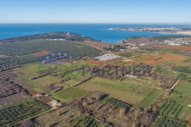 Poreč - atraktivno građevinsko zemljište blizu mora