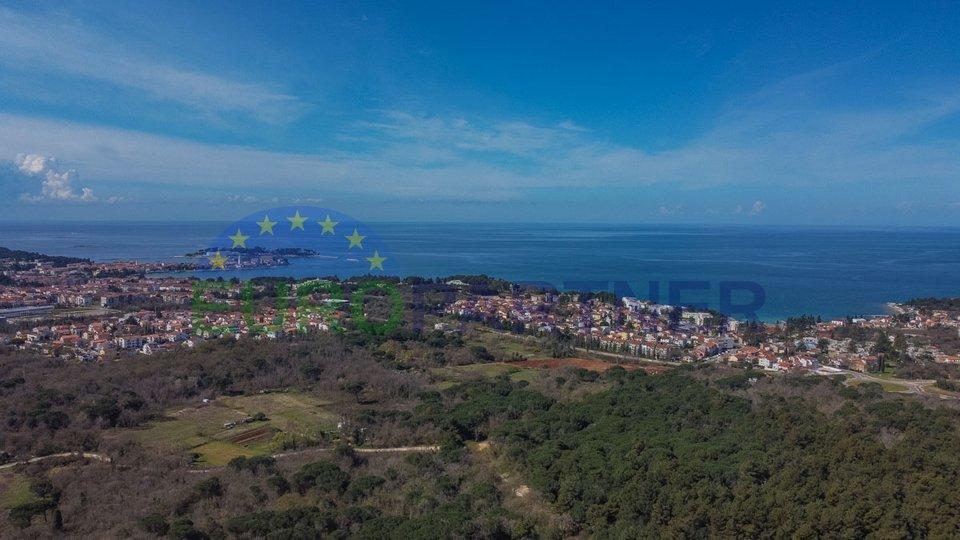 Moderna arhitektura i dizajn u mediteranskom okruženju udaljeni samo 2,5 km od mora