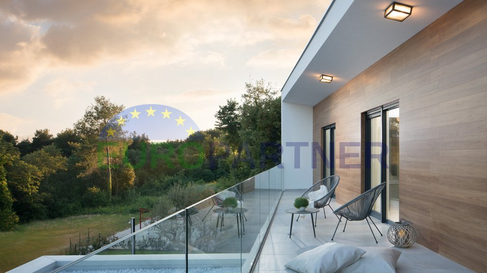 Luksuzna vila modernog dizajna , 800metara od mora