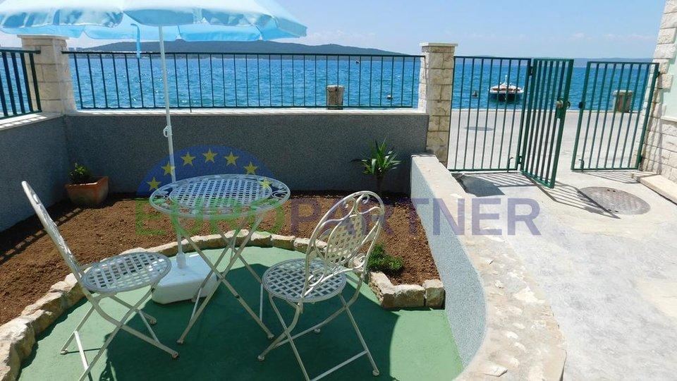 Šarm dalmatinske kuće  uz more