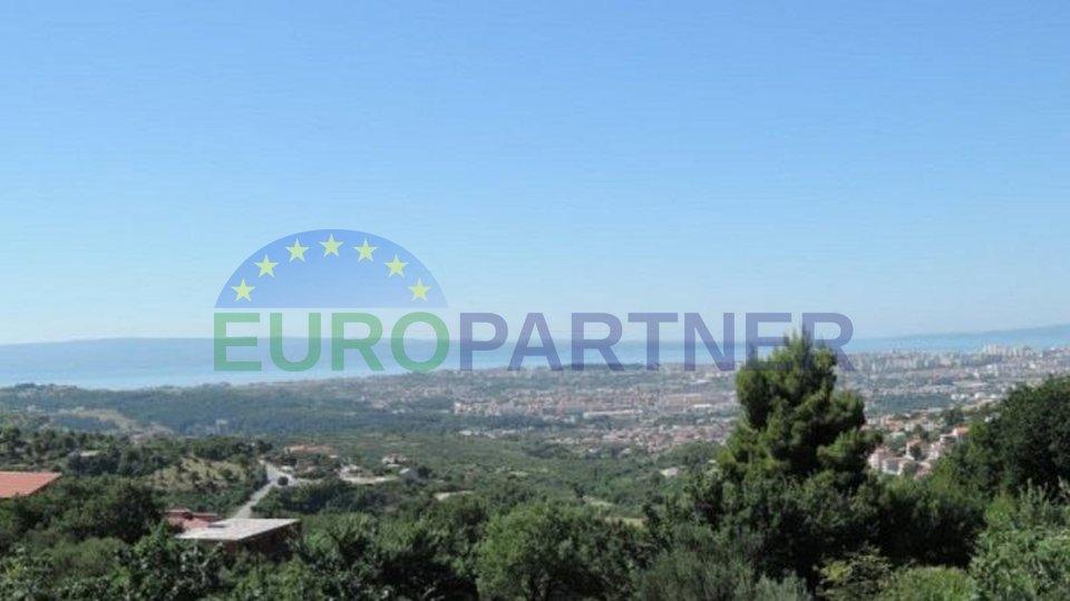 Građevinsko zemljište iznad Solina sa pogledom na Split