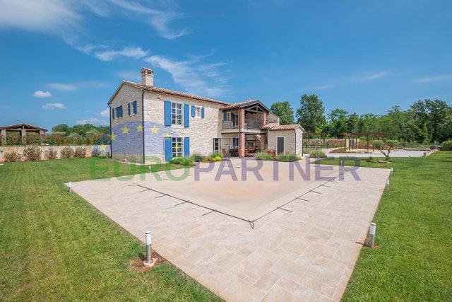 Luksuzna vila u mediteranskom stilu