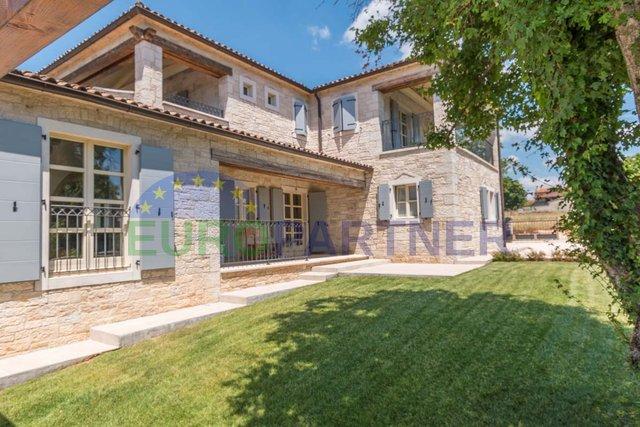 Luksuzna vila u mediteranskom stilu s pogledom na more