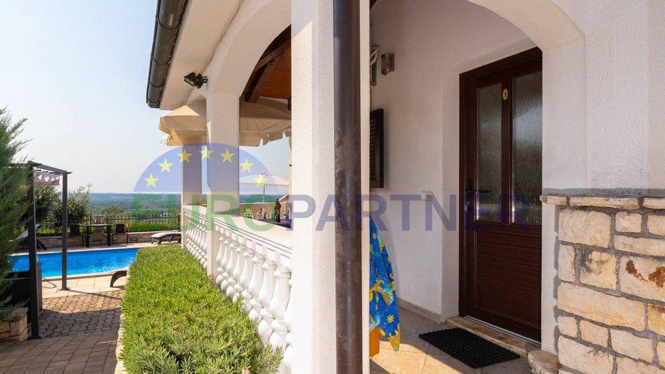 Kuća s panoramskim pogledom na more.