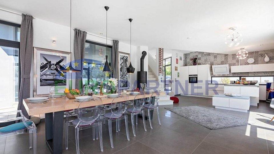 Elegantna vila čiji spoj arhitekture i modernog dizajna privlači posebnu pažnju