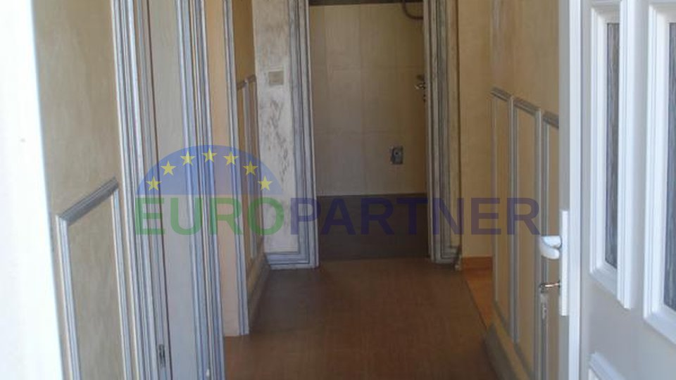 House with two apartments, 4 km from Porec