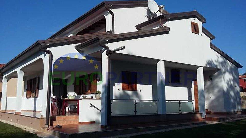 Casa con vista sul mare