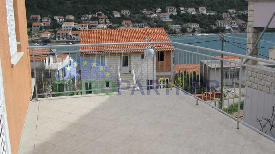 The house on the island of Korčula-Brna, 100 m from the sea