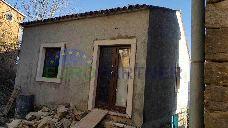 Haus mit schöner Aussicht - in Phase der Renovierung