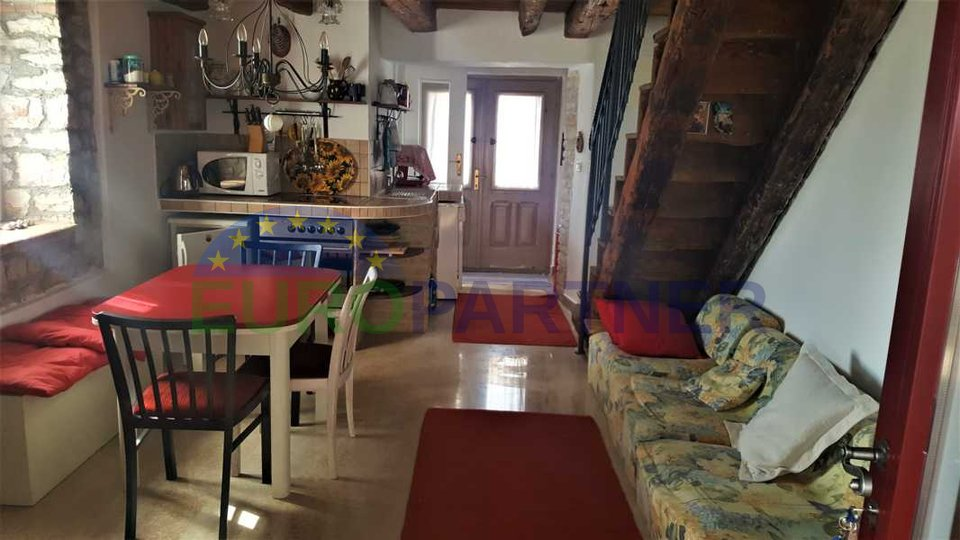 Renovated old Istrian house, to the sea 800m