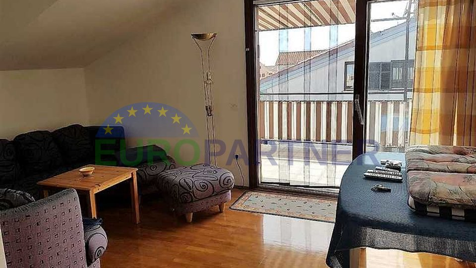 Apartment of 90m2 near the sea and the city