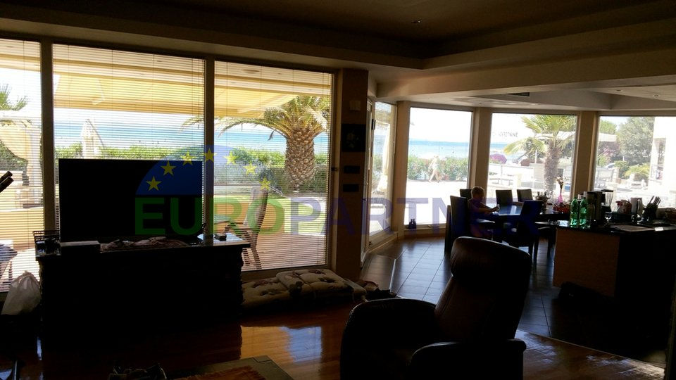Luxury apartment, first row to the sea, close to Zadar