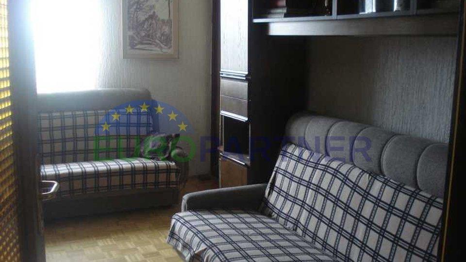 Große Wohnung, 1 km entfernt vom Zentrum der Poreč