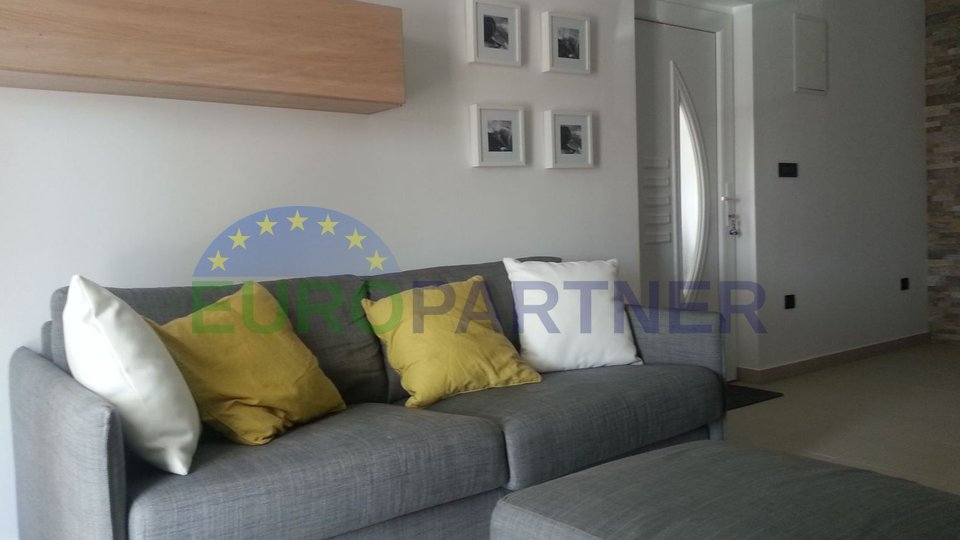 Newly renovated apartment in Krk, near the sea